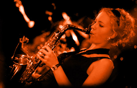Anna Korbinska - Sax/Flute/Vox - Soul / Jazz