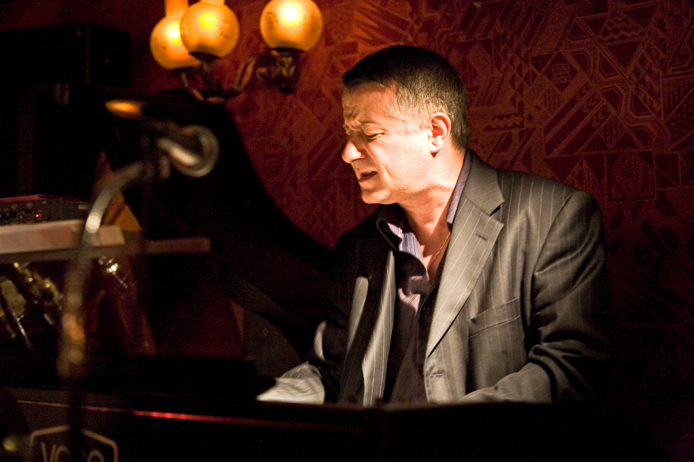 Philippe Petit - Piano/Organ - Jazz/Blues/Soul